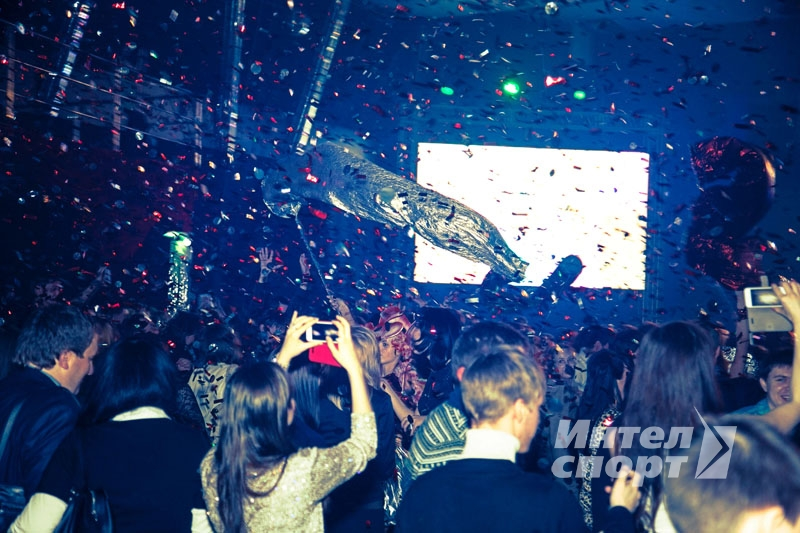 Новогодняя клубная вечеринка Home Credit Bank